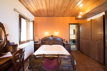 guestroom 1a.jpg