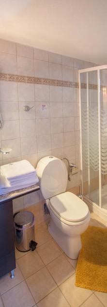 Guestroom 3 - Bathroom