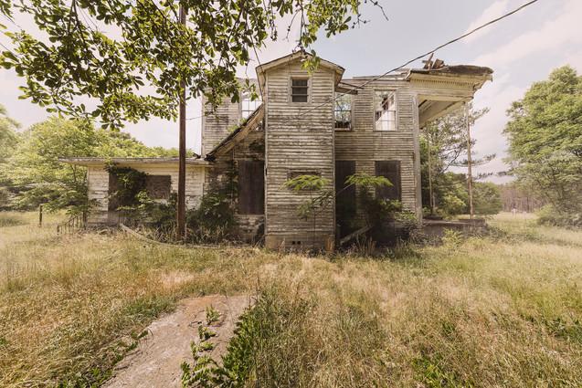 Sascha_Hauk_Abandoned_Houses_0004.jpg