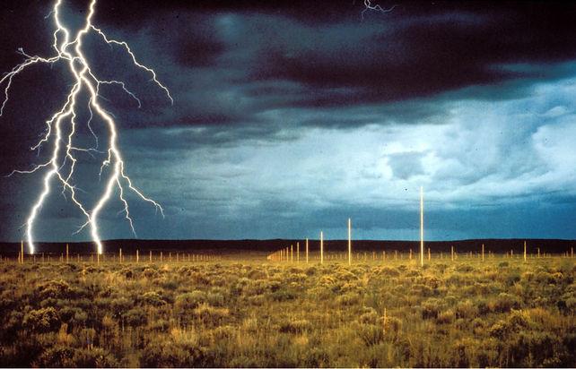 Lightning field.jpg