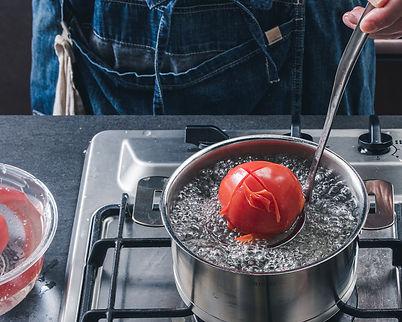 2021_03_苺とトマトのガスパチョ【写真2】-1.jpg