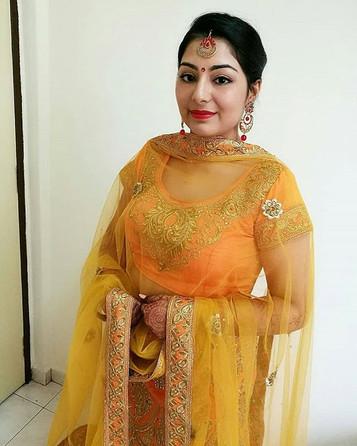 Makeover for her Sangeet Night!👰❤.jpg