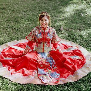 Traditional Chinese Wedding Dress Qun Kwa 裙褂
