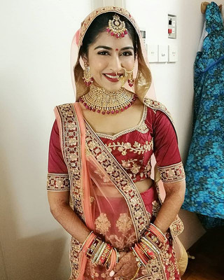 The lovely bride Avni! Thanks for having