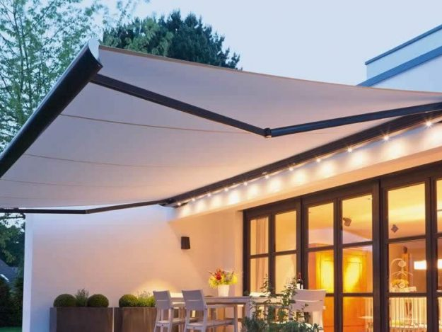 Tensile Erectable Awning