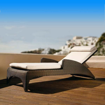 Outdoor Wicker Sun Lounger - Elevate