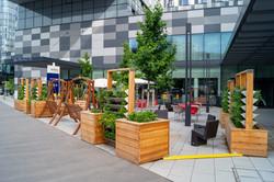 Hotel Vorplatz Garten Vertikalbeet