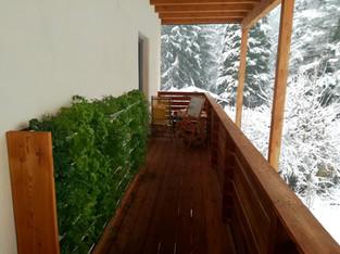 Vertikalbeet Winter Balkon