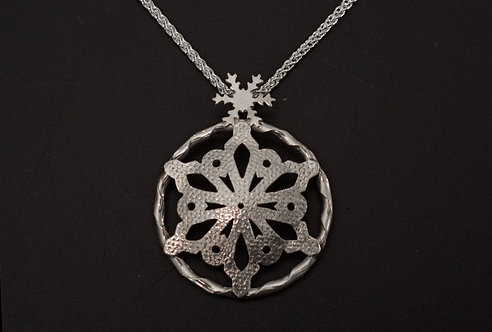 PENDANT, STERLING SILVER DOUBLE SNOWFLAKES