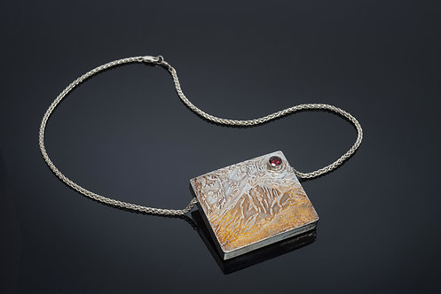 NECKLACE/SCENT LOCKET, STERLING SILVER CEZANNE INSPIRED DESIGN