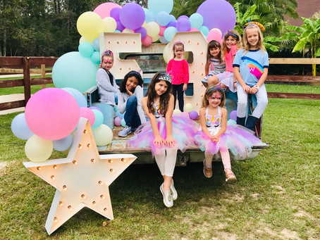How to Pull Together a Unicorn Party - MAGICAL SECRETS INCLUDED