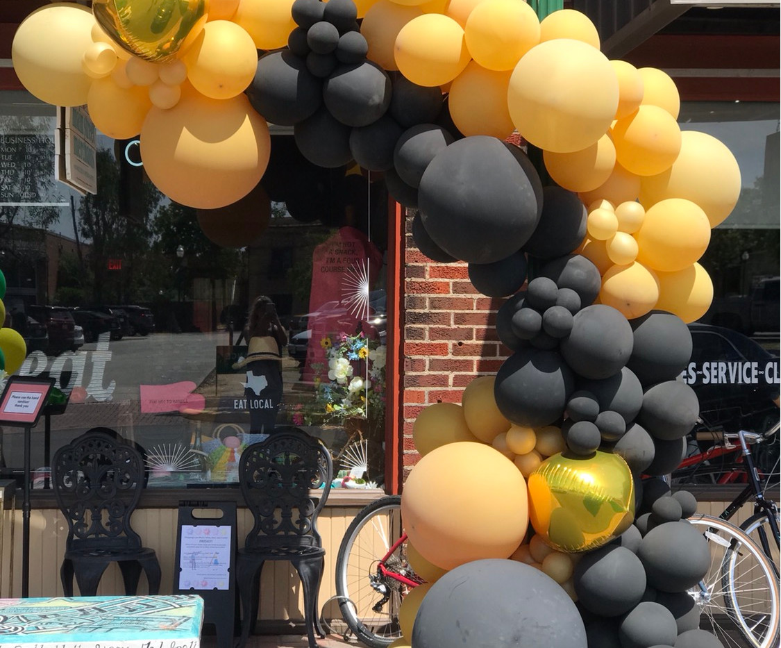 202 Main - Storefront POP