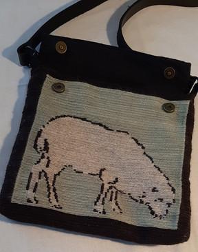 Tapestry Pocketbook: Back side