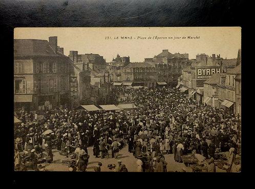 Antique French c1890s Postcard, LE MANS - Place de l'Eperon jour de Marche RPPC