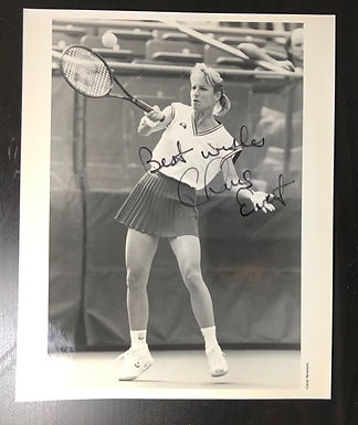 Autographed 8x10 B&W photo Chris Evert, WORLD #1 SINGLES Tennis player 7 times