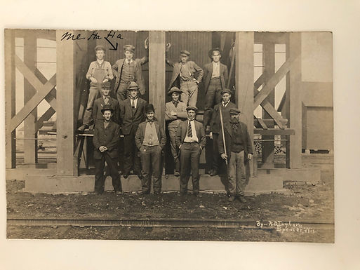 Antique 1909 PHOTO of 12 Men Posed - Writer of Postcard in Photo!