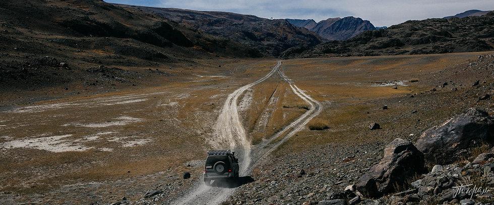 Южный Алтай, в долине Аккола. По дороге к Софийскому леднику.