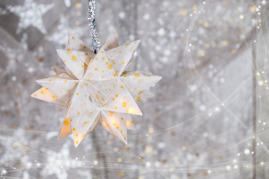 christmas-2942305_1920.jpg
