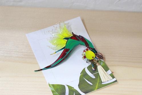 極楽鳥花のブローチ