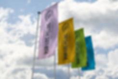 Raul Sauz Creatividad freelance Merck Evento healthcare diseño banner exterior banderola