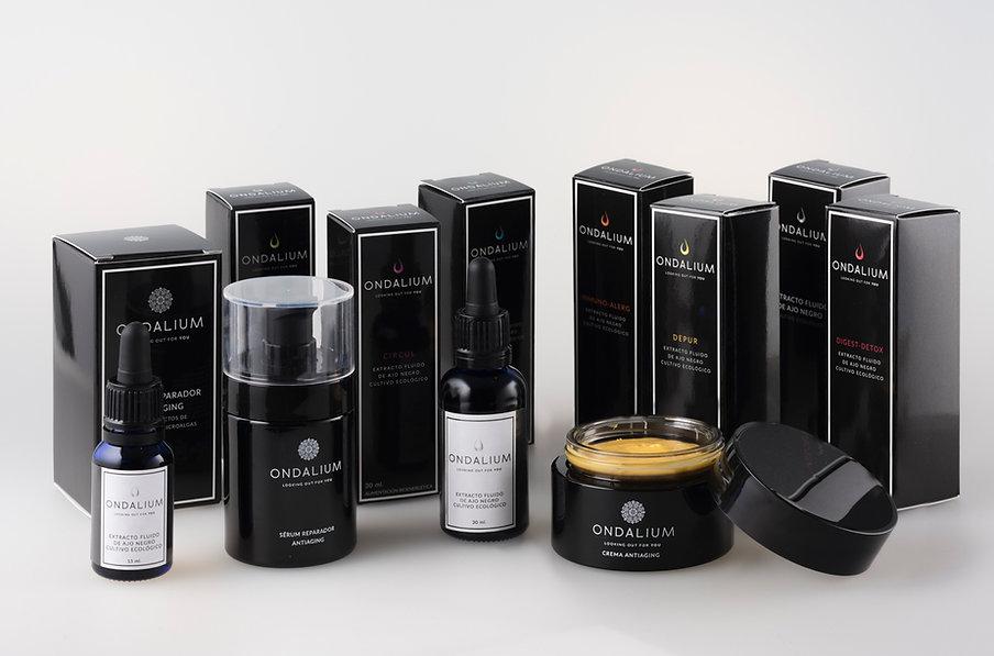 Fotografía de todos los productos de Ondalium y su packaging