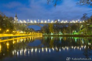 Kirchenfeldbrücke bei Nacht - Bern