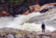 Fabio am Fluss.jpg