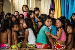 Niños embera en Catrú