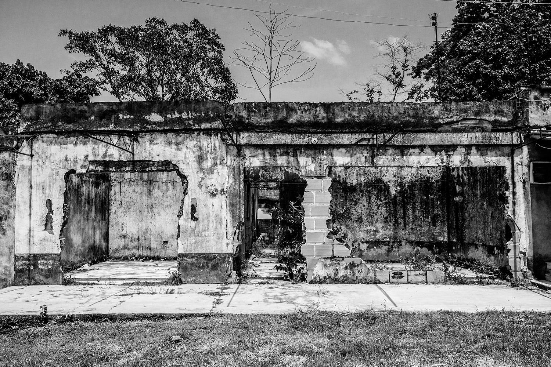 casas abandonadas en Puerto Esperanza