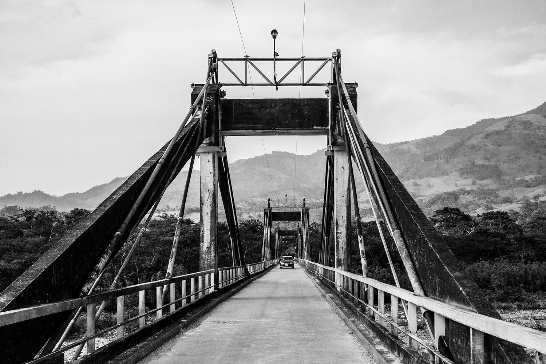 Puente de l a Amistad