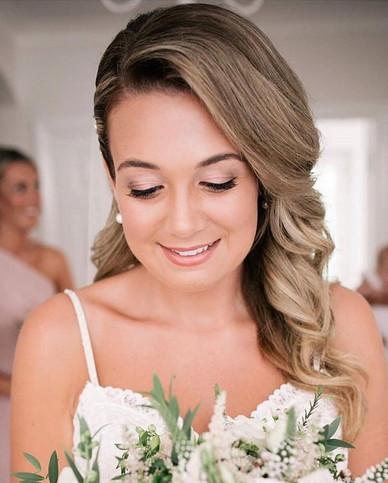 glowing-bridal-makeup-hertfordshire