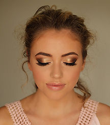 glamourous-makeup-artist-milton-keynes.j