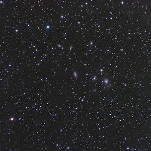 Un champ de pétouilles sans particularité de laconstellation d'Andromède acquis la nuit du 13 juin 2018, qui m'a permis d'enrichir ma collection de galaxies du catalogue NGC de trois cibles d'un coup.