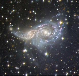 Actuellement impliquées dans une rencontre rasante, je vous propose une dissection au scalpel du télescope spatial Hubble des galaxies spirales IC 2163 et NGC 2207