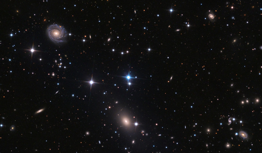 NGC 6085 et NGC 6086