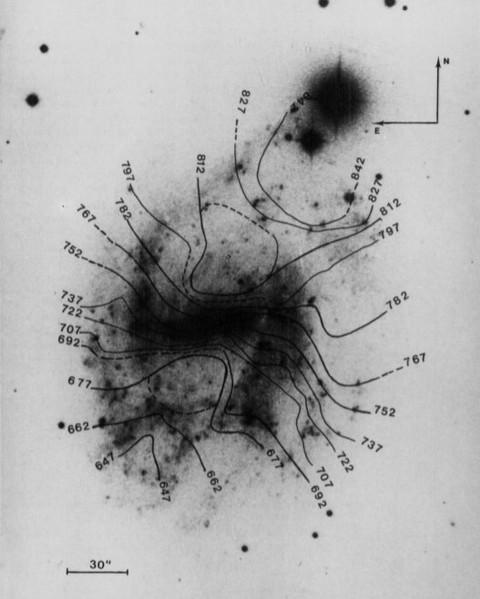 Carte des courbes des vélocités isoradiales