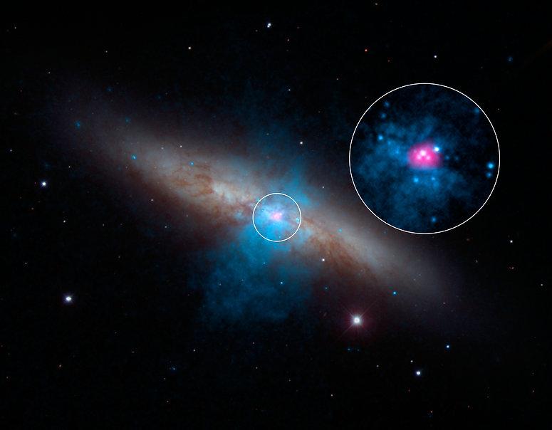 NGC 3034 M82 Chandra.jpg