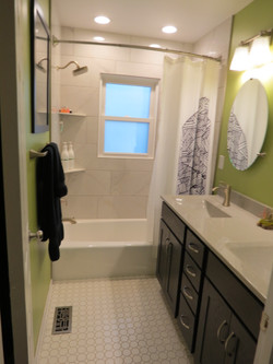 Refined Ranch Bathroom