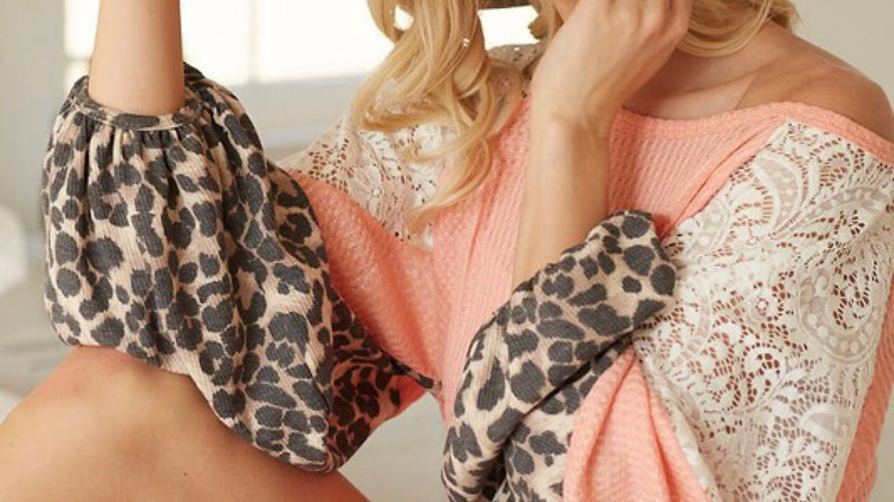 Peach lace leopard sleeve detail tunic