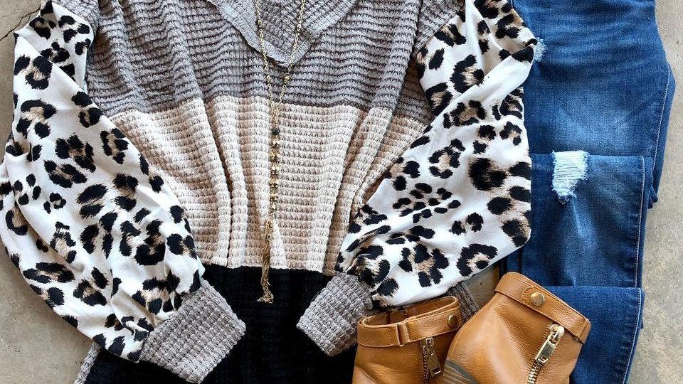 Beige Gray Waffle Leopard Sleeve Tunic