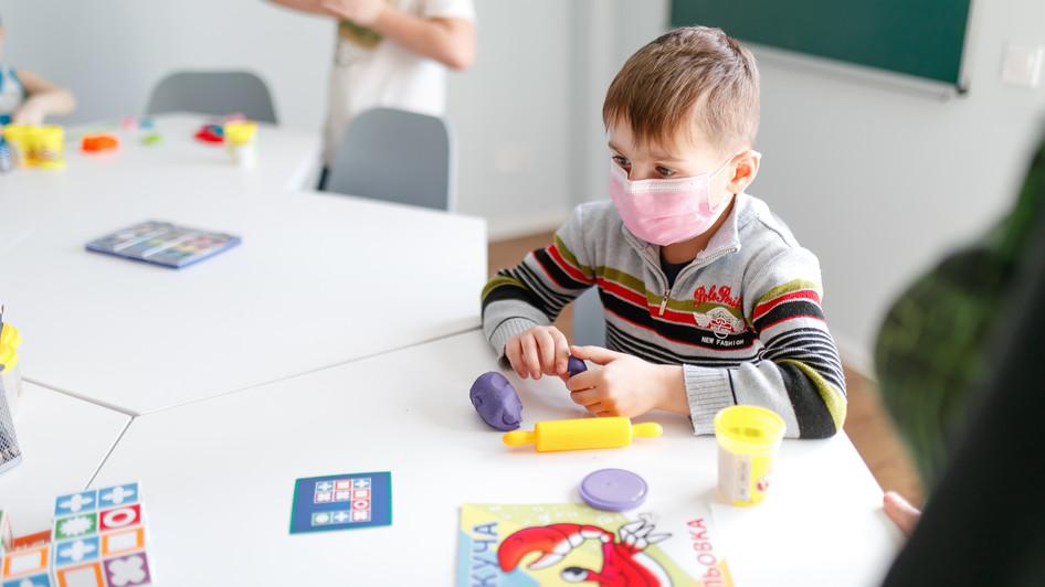 БФ «Відкриті очі» відкрив «Кімнату позитиву» у Харківській обласній дитячій клінічній лікарні