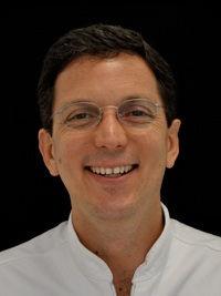 Dr. Isaza Santiago Penco
