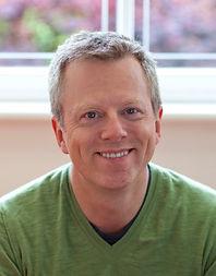 Dr. Lars Christensen