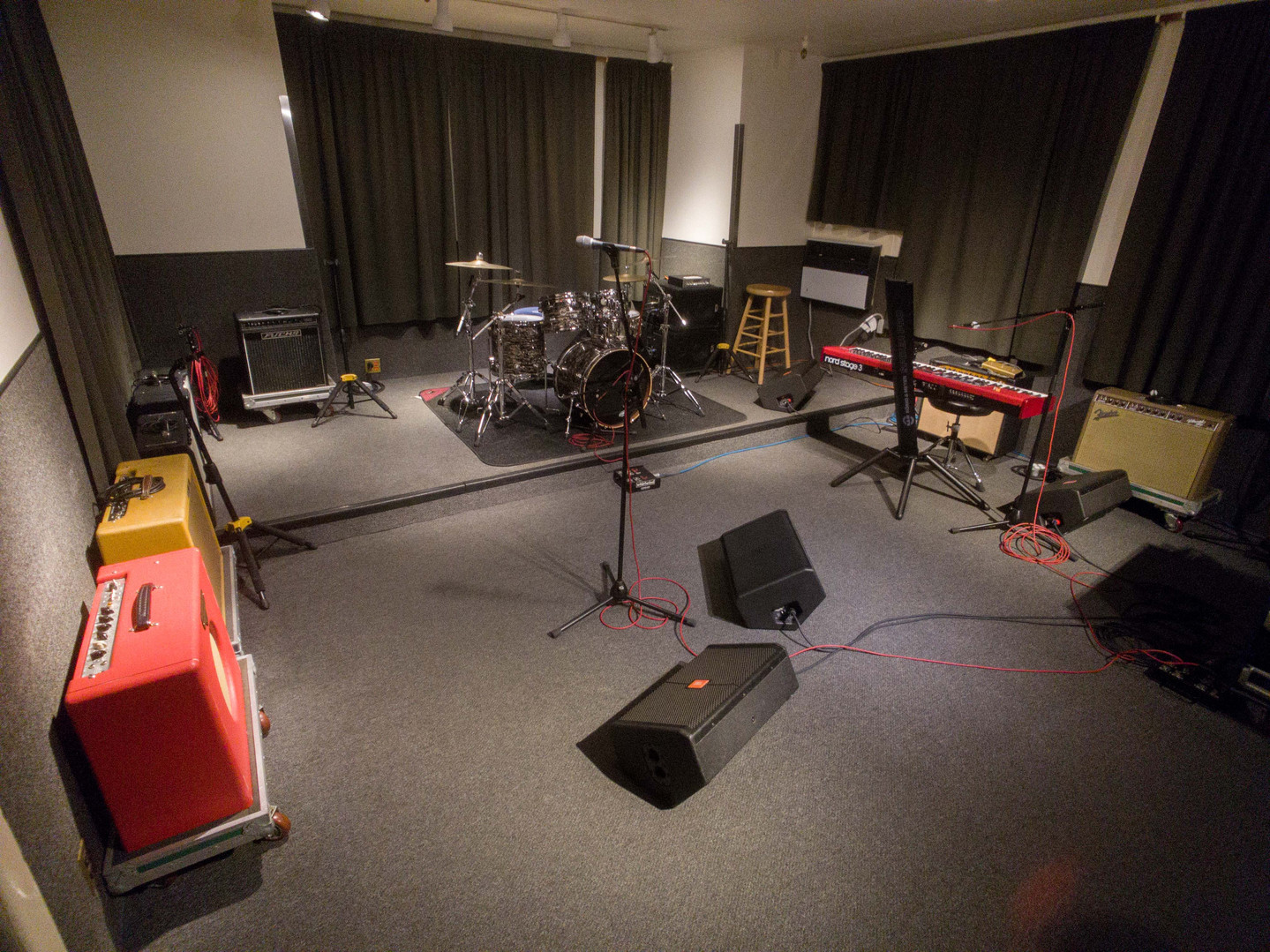 Studio 3 with keyboard
