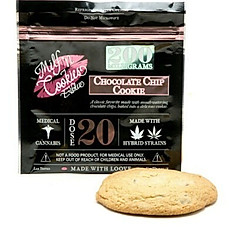 Milf 'N Cookies (200 MG Chocolate Chip)