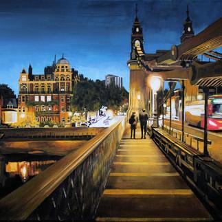 Hammersmith Bridge Stroll