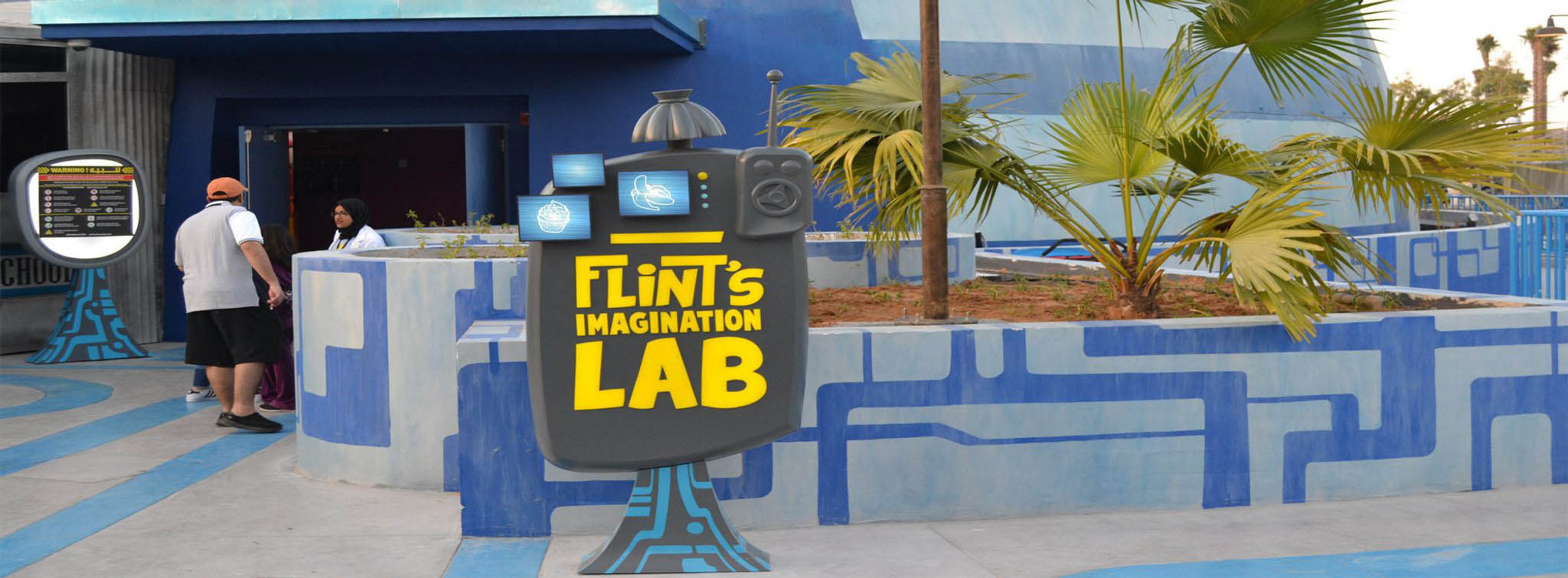 Dubai Parks_Motiongate_Cloudy With a Chance_Flint's Lab