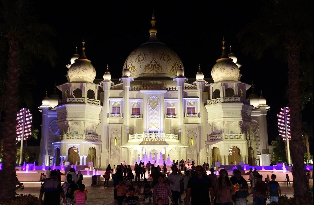 Dubai Parks_Bollywood_1.jpg