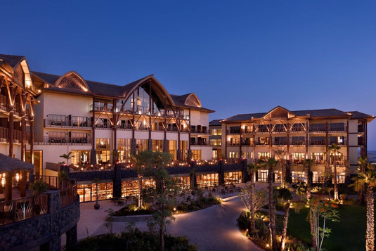 Dubai Parks - Lapita Hotel