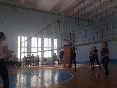 С 18 по 28 марта проводилось первенство ЛСПК по волейболу